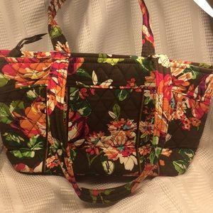 Vera Bradley pocketbook in excellent condition FUN